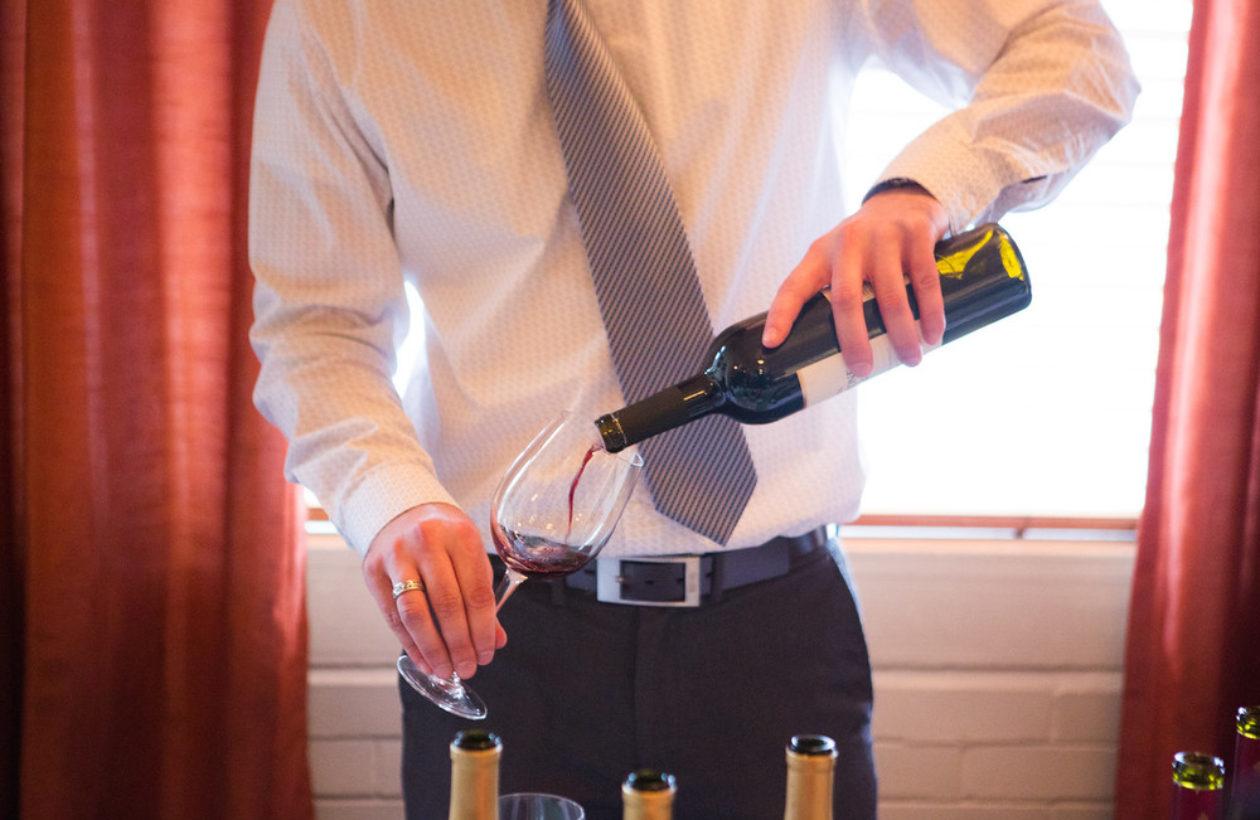 wine+pour